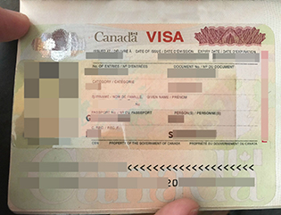 How to obtain a Canadian fake passpo